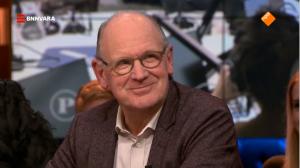Philip Freriks tijdens de uitzending van Pauw op 3 december 2018 nadat hij had verkondigt niet terug te zullen keren als columnist bij OVT. Foto: NPO.